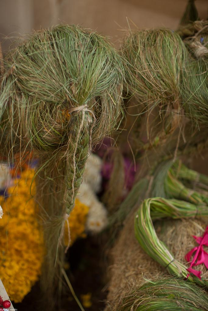 Flower headband stand-2