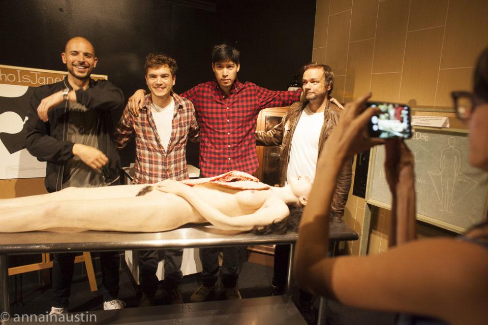 actors-with-prop-jane-the-autopsy-of-jane-doe-qa-fantastic-fest-2016-8333