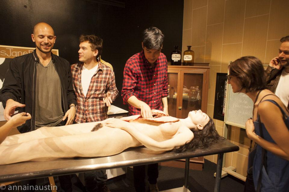 actors-with-prop-jane-the-autopsy-of-jane-doe-qa-fantastic-fest-2016-8335