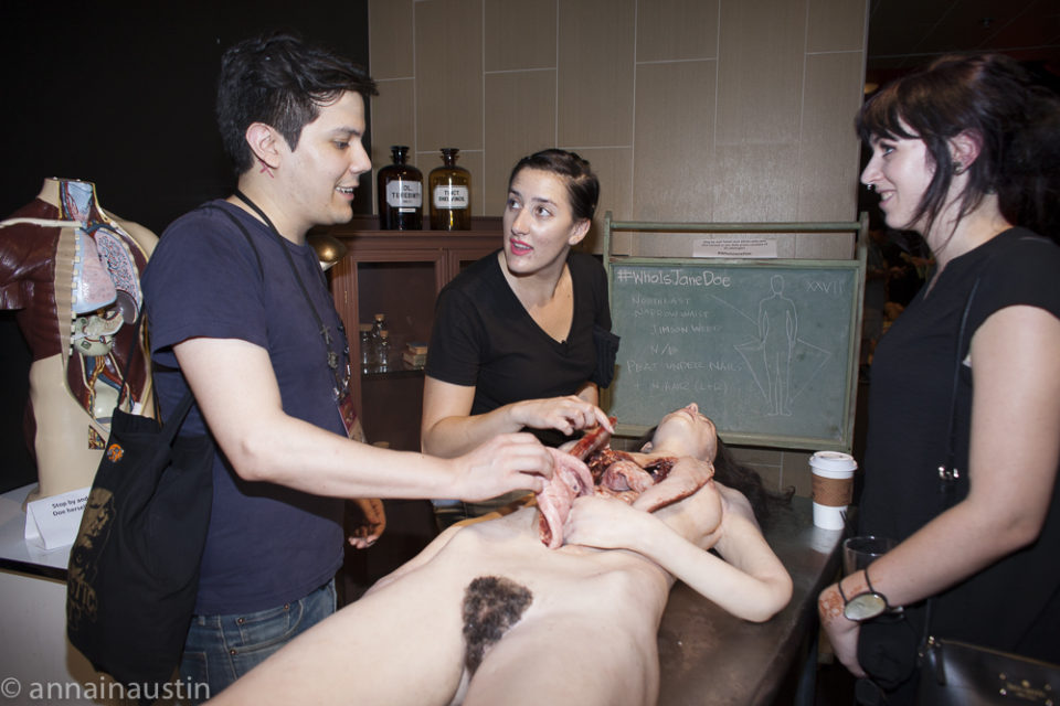 prop-interaction-the-autopsy-of-jane-doe-fantastic-fest-2016-austin-texas
