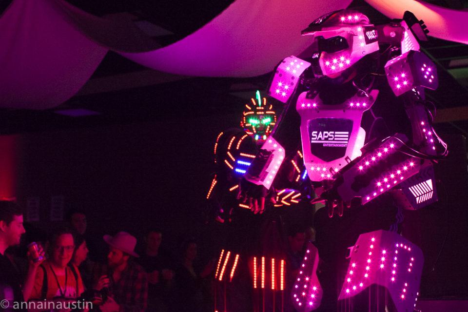 dancing-robots-at-the-closing-night-party-at-fantastic-fest-2016-austin-texas-1453