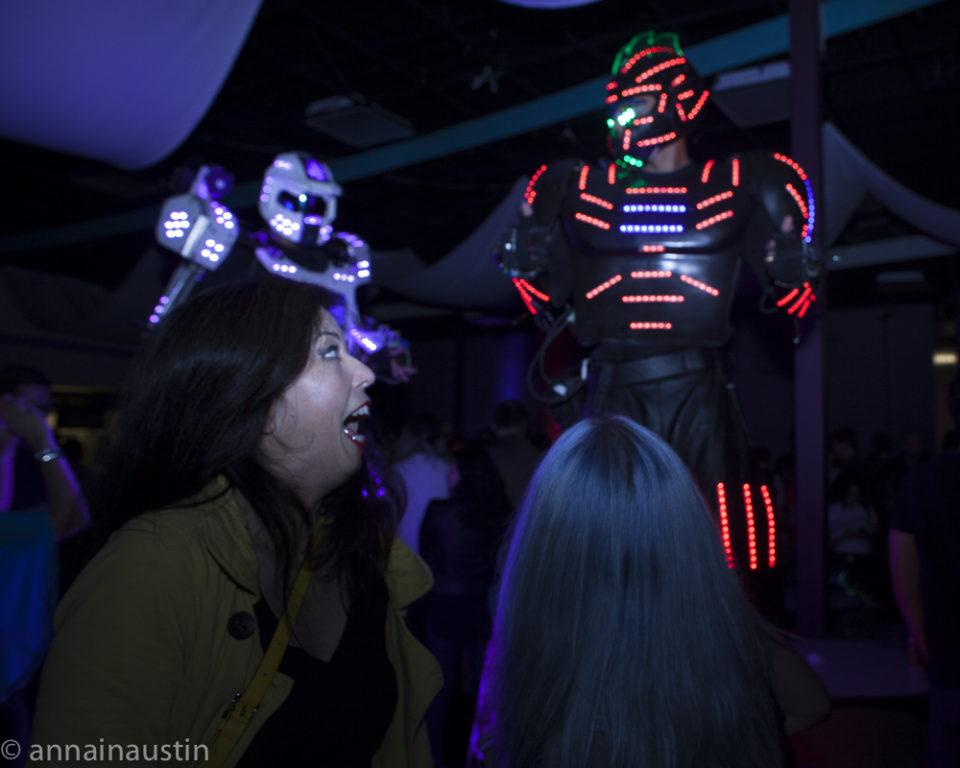 dancing-robots-at-the-closing-night-party-at-fantastic-fest-2016-austin-texas-1557